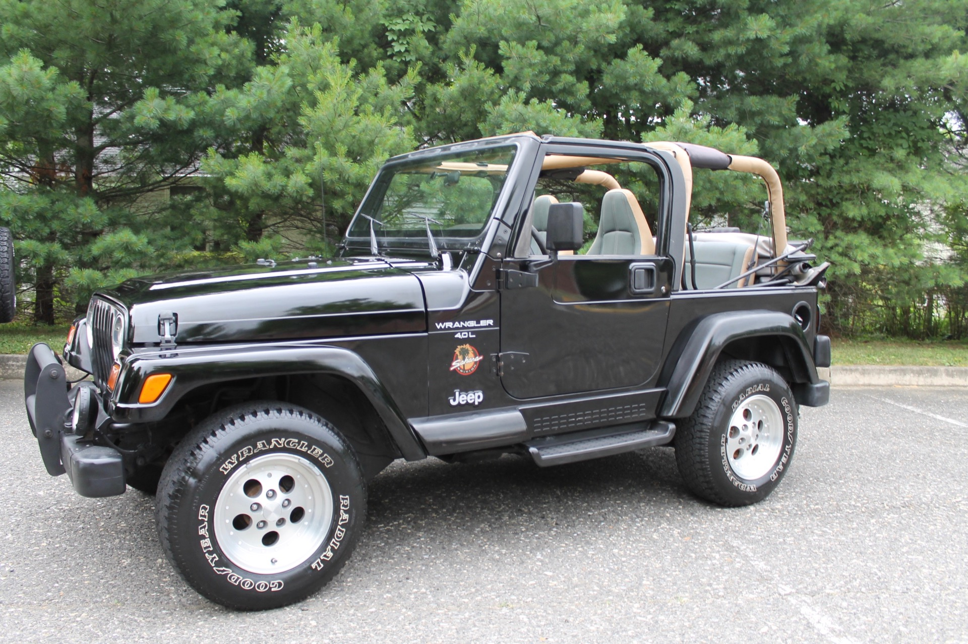 Attractive 1997 Jeep Wrangler Sahara