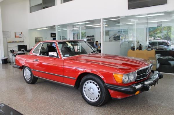 1988 Mercedes-Benz 560SL 3k miles!